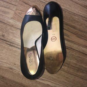 Michael Kors Shoes - Michael Kors Gold Tip Pump